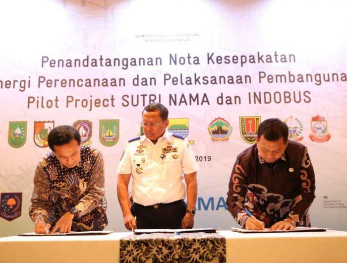 Pj Wali Kota Makassar Teken MoU Sutri Nama dan Indobus