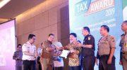 Bapenda Makassar Ganjar Wajib Pajak Dan Wajib Pungut Pajak Dengan Tax Award 2019