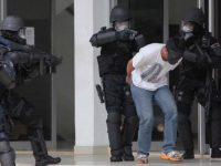 Ilustrasi penangkapan terduga teroris.