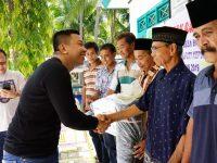 MBA Serahkan Bantuan Pemberdayaan Masyarakat di Desa Barat Lambongan
