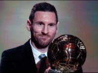 Lionel Messi meraih trofi Ballon d'Or 2019 (c) AP Photo