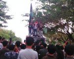 Peringati Hari Antikorupsi dan HAM Internasional, HMI Gowa Raya Gelar Unjuk Rasa
