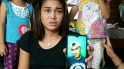 Siti tunjukkan foto pacarnya (Foto: Ist)