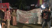 Mahasiswa STMIK Akba Kembali Menggelar Aksi Demonstrasi di Malam Hari Menolak Surat Keputusan DO