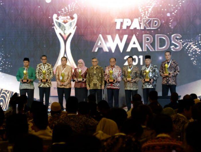 Gubernur Nurdin Abdullah Diganjar Penghargaan untuk Sulsel