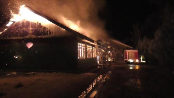 Pesantren Modern Al Ikhlas di Polman Terbakar