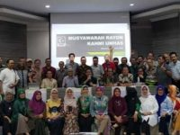 Musyawarah Rayon dalam pembentukan Majelis Rayon KAHMI Unhas di ruang molar, FKG Unhas