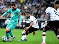 Barcelona Tumbang 2-0 di Markas Valencia
