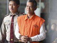 Eks Komisioner KPU Wahyu Setiawan (Kanan) (Foto: Antara)
