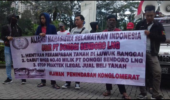 Aliansi Mahasiswa Selamatkan Indonesia menggelar aksi unjuk rasa (Unras), Rabu (26/2/2020).