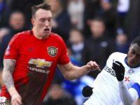 Bek Manchester United Phil Jones (kiri) (c) AP Photo