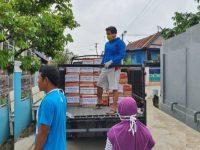 Muhammad Yusuf Bagi-bagi Sembako di Kelurahan Pai Makassar