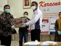Pertamina dan Hiswana Serahkan Bantuan Sembako dan APD ke Gubernur Sulsel