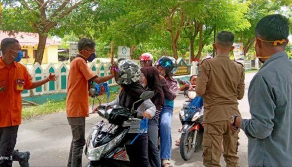Tim Gugus Tugas Covid-19 Selayar Sweeping Masker di Bontoharu