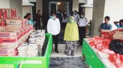 Bupati Barru, H Suardi Saleh mulai menyalurkan bantuan paket sembako untuk warga kurang mampu ke tujuh kecamatan