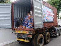 Kima Serahkan Satu Kontainer Bantuan CSR ke Gubernur untuk Penanggulangan Covid-19