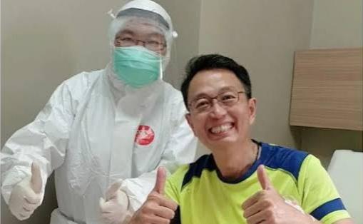 Pakar finansial dan motivator Tung Desem Waringin menjalani perawatan di rumah sakit karena positif Covid-19. (Foto: Istimewa).