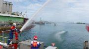 Pertamina Lakukan Upaya Terbaik Tanggulangi Tumpahan Minyak di Pesisir Pantai Makassar