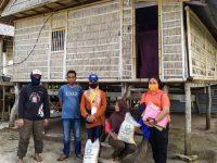 Dinsos Selayar Salurkan Bantuan untuk Warga Terdampak Covid-19