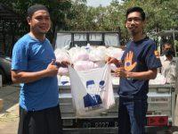 Lagi, Anggota DPRD Sulsel H Irwan Bagikan Paket Sembako di Barru dan Pangkep