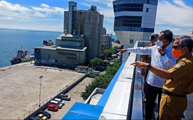 Atasi Macet Pelabuhan, Pemkot Makassar dan Pelindo IV Buat Parkir Transit Truk