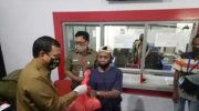 Pj Wali Kota Makassar Serahkan 2.000 Paket Sembako untuk Jukir