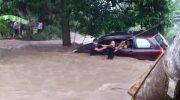Banjir bandang melanda di Sejumlah wilayah di Kabupaten Bantaeng dan Jeneponto, Sulawesi Selatan.