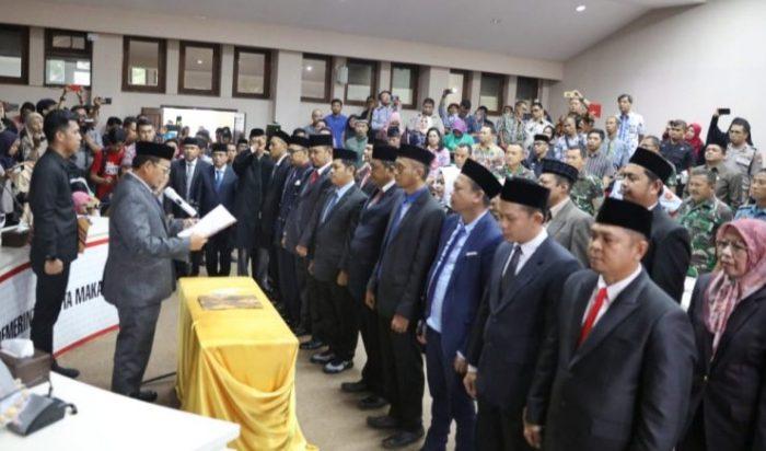 Iqbal Suhaeb Lantik Direksi Perusda Kota Makassar