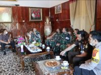 Bupati Selayar Jamu Brigjen TNI Djahsar Djamil Bersama Rombongan
