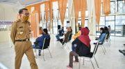 Nurdin Abdullah Pantau Rapid Test Gratis Hari Pertama