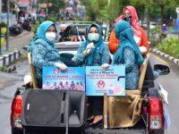 Pekan Kedua, Lies F Nurdin Kembali Turun ke Jalan Bagi Masker dan Edukasi Warga