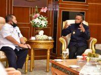 Gubernur Sulsel Nurdin Abdullah, menerima Kepala Balai Prasarana Pemukiman Wilayah Sulsel, Ahmad Asiri.
