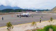 Perdana, Pesawat Mendarat di Bandara Buntu Kunik Tana Toraja
