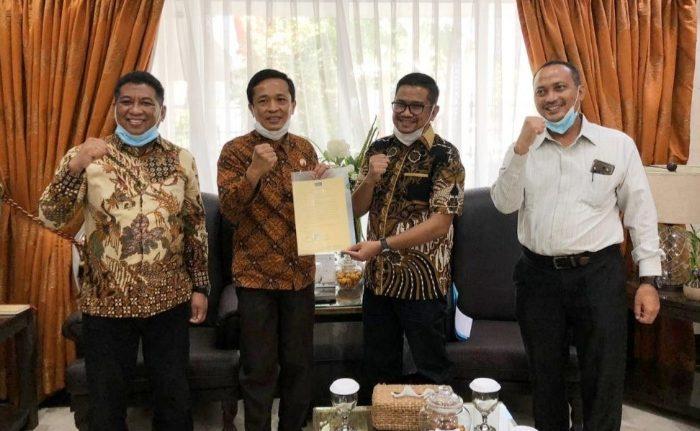 Serahkan Aset ke Pemkot, GMTD Dukung Pelebaran Jalan Metro Tanjung Bunga