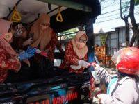 Peringati HUT Ke-75 RI, DWP Provinsi Sulsel Bagi-bagi Masker