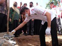 Bupati Gowa Lakukan Peletakan Batu Pertama Pondok Pesantren Jami'ul Qurra