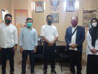 Rombongan HMI Cabang Gowa Raya saat menemui Kepala Dinas Pendidikan Kabupaten Gowa.