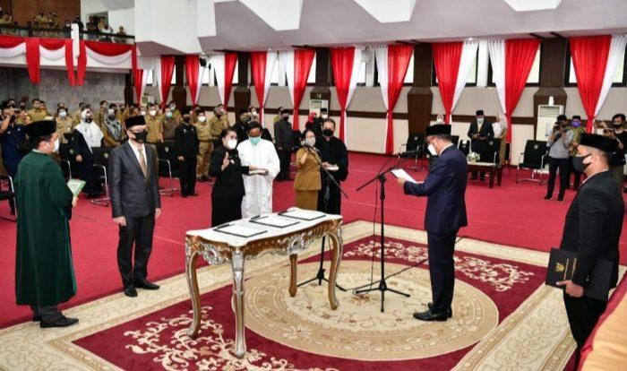 Gubernur Lantik Pejabat Eselon II, III dan IV Lingkup Pemprov Sulsel