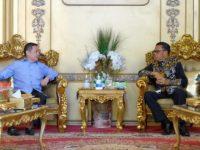 Anis Matta Silaturahmi dengan Gubernur Sulsel