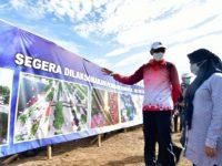 Gubernur Sulsel, Nurdin Abdullah pada acara pematokan lahan Pelebaran Jalan Metro Tanjung Bunga, Minggu (13/9/2020). Foto: Humas Pemprov Sulsel
