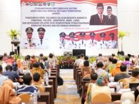 Coaching clinic (klinik bimbingan) percepatan pelaksanaan Reformasi Birokrasi (RB) dan implementasi Sistem Akuntabilitas Kinerja Instansi Pemerintah (SAKIP).