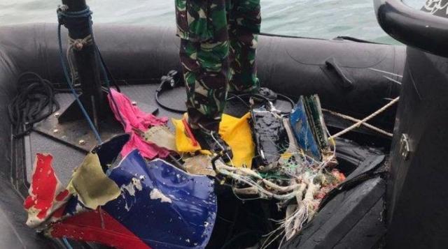 Sriwijaya Air SJ 182 Ditemukan Hancur Berkeping-keping