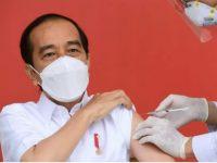 Besok, Presiden Jokowi Akan Menerima Vaksin Covid-19 Dosis Kedua