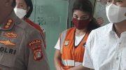 Kabid Humas Polda Metro Jaya Kombes Yusri Yunus dalam konpers penangkapan model seksi Beiby Putri