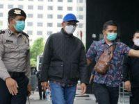 Gubernur Sulsel Nurdin Abdullah tiba di KPK.