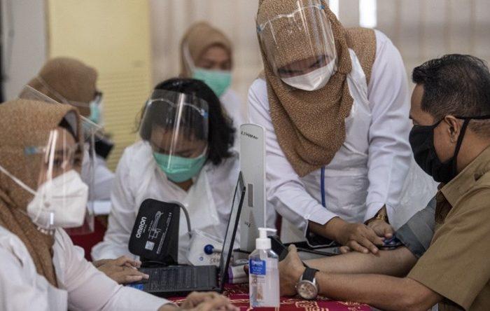 Vaksinasi Covid-19 terhadap guru