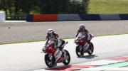 Pembalap Honda Team Asia, Andi Gilang (depan)