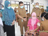 Dwiyanti Musrifah Basli Pantau Langsung Pelaksanaan Vaksinisasi Bagi Ibu Hamil di Selayar