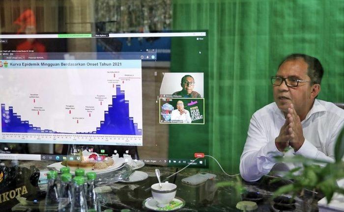 Narasumber di Diskusi TII, Danny Bahas Strategi Makassar Melawan Covid 19