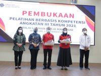 Fatmawati Rusdi Apresiasi BLK Makassar Gelar Pelatihan Berbasis Kompetensi